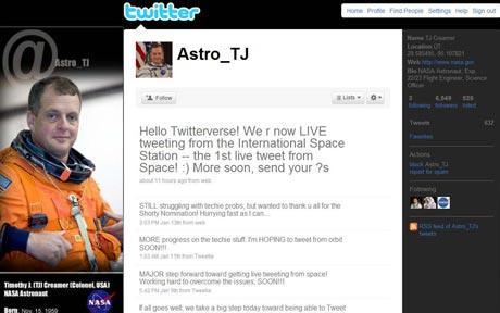 space-tweet